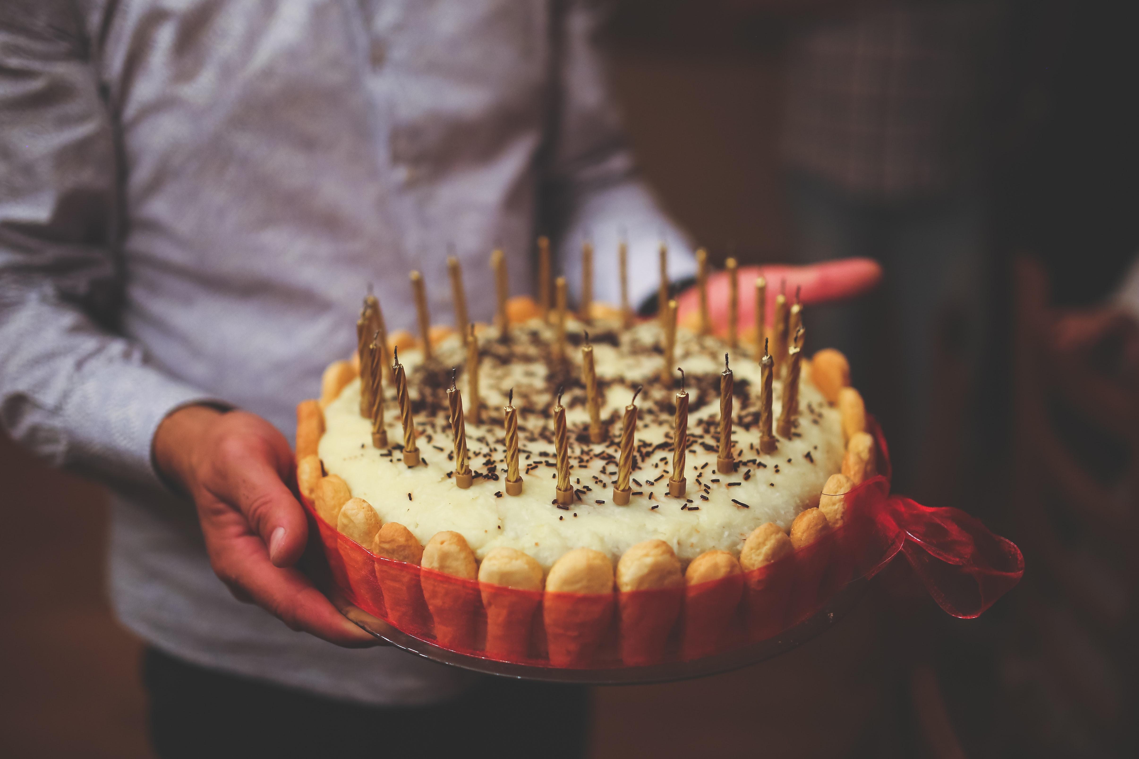Create a birthday newspaper online - Happiedays