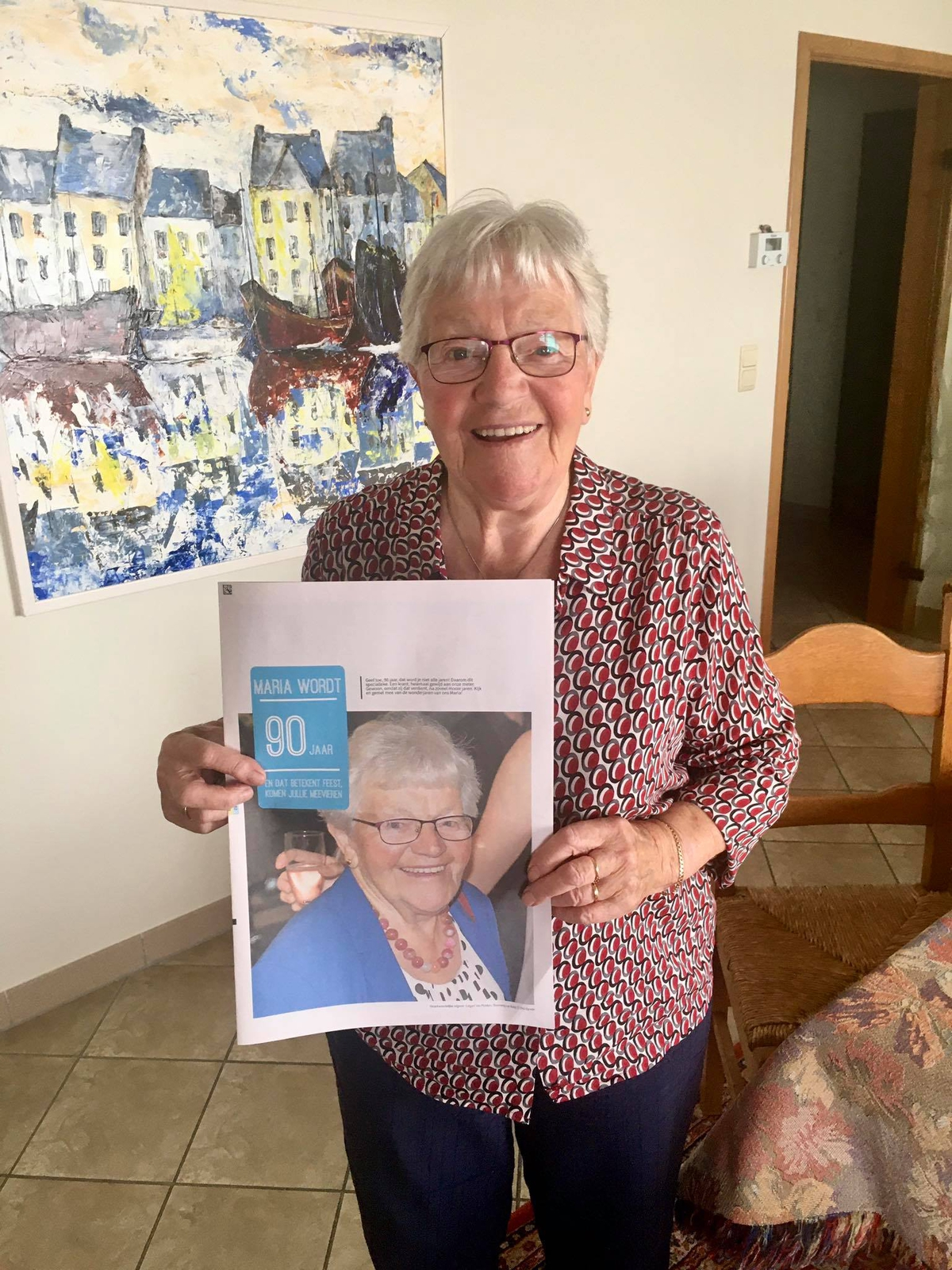 birthday party invitation as newspaper - Happiedays