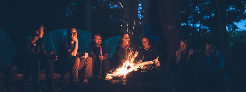 Make your own camp newspaper souvenir invitation - Happiedays