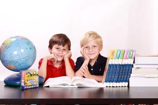Make your own back-to-school newspaper - Happiedays