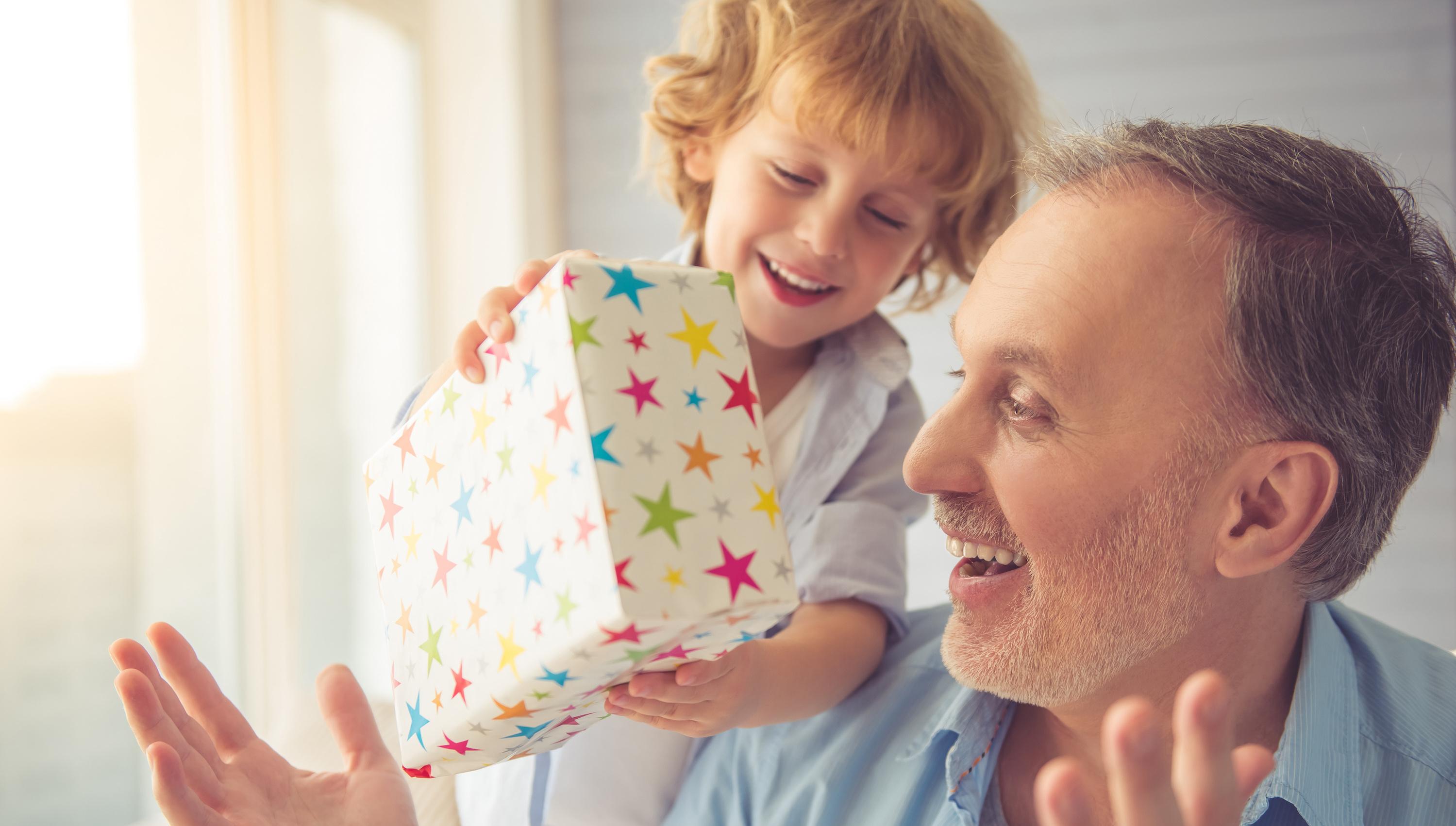 gift birthday newspaper | Happiedays
